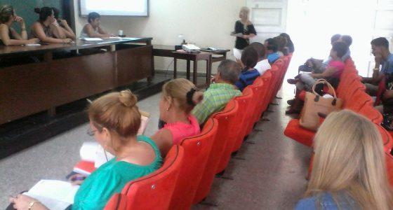 Defensa Pública del Plan de Estudios E de la Carrera Licenciatura en Educación. Economía
