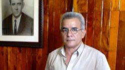 Se investirá a René González Barrios como profesor invitado