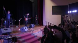Polito Ibáñez cantó a la UCLV