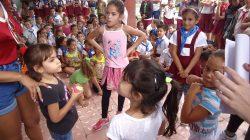 Realizan estudiantes de la FIMI encuentro comunitario