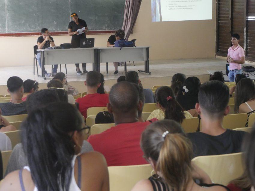 La premisa es mejorar las condiciones de vida de los estudiantes