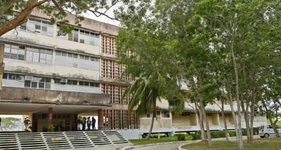 Fórum de Historia en la Facultad de Ingeniería Eléctrica