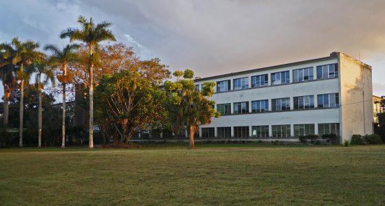 Celebra la Facultad de Química y Farmacia su 31 aniversario de fundada
