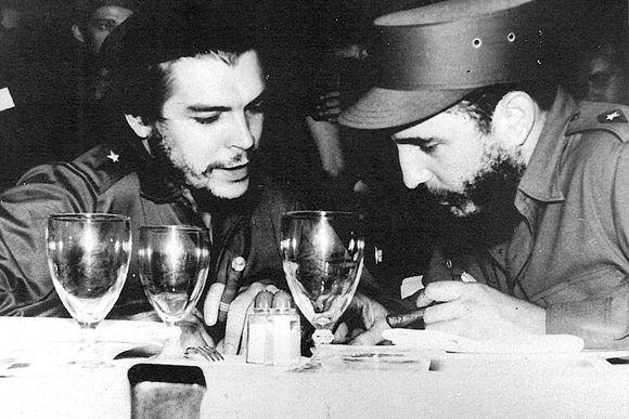 Che-Guevara-Fidel-Castro-3-580x387