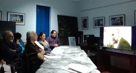 En la primera jornada de actividades los participantes apreciaron un corto audiovisual sobre la Revolución de Octubre. (Foto: Francisnet Díaz Rondón)