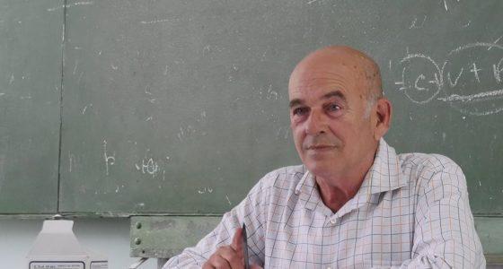 Víctor Almanza, pasión por la historia y la clase