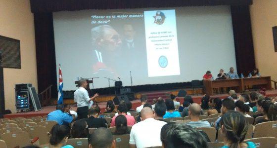 Sesionó Plenaria del Activo para jóvenes profesores