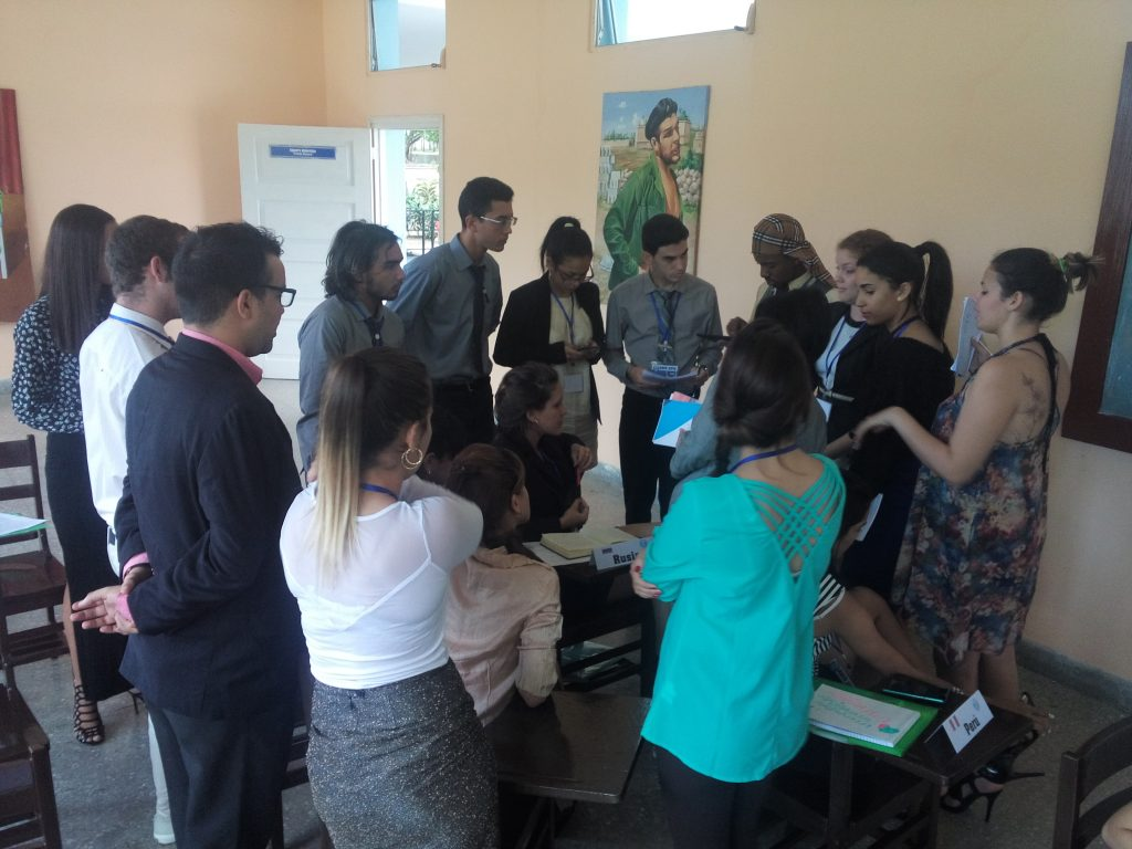 Conferencia de la UNESCO: Delegados preparan proyecto de resoluciòn