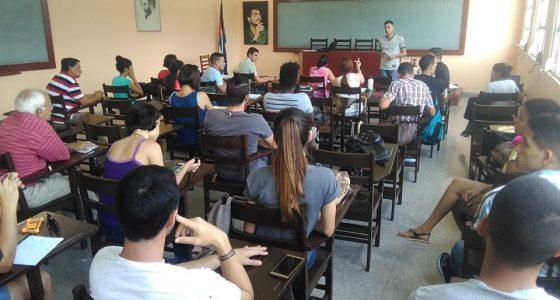 Humanidades en Congreso de la FEU
