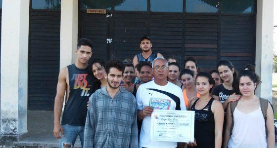 Premiado el profesor Enrique Alcedo Yanes