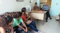 Estudiantes de Periodismo visitan medios de prensa en Villa Clara