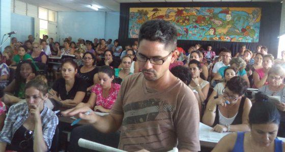 Se debatió el Proyecto Constitucional en la Facultad de Educación Infantil