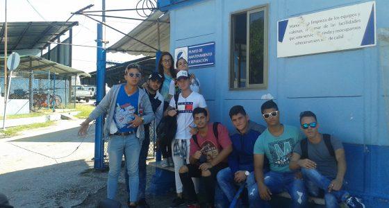 Estudiantes de la FIMI visitan el Taller Regional de Transporte de ETECSA