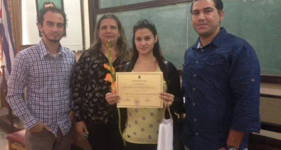 Reconocimiento universitario al Grupo científico estudiantil Investigación Multimedia