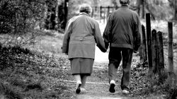 La UCLV Felicita a los Adultos Mayores