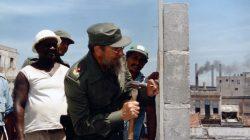"""""""Revolución es construir"""""""